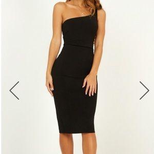 ✨NWT✨ Black Bodycon Dress - Showpo: Got Me Looking